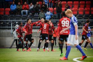 För två veckor sedan fick ÖFK-spelarna jubla i samband med derbysegern mot GIF Sundsvall. Får man anledning att jubla även denna gång borta mot Varberg?