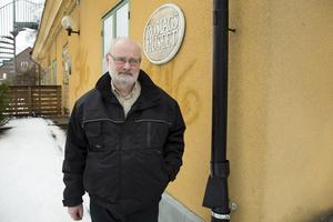 - Någonting måste hända, säger Anders Thornström, som sitter i Roslagsmuseets styrelse för fornminnesföreningen.
