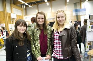 Tre Djurås-nior som troligen väljer gymnasier i Falun – långt att åka, men fin stad.