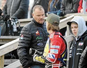 Stefan Bäckström, Masarna.
