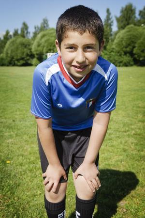 Diar Othmans fröken har berättat att det är bra att röra på sig, därför ska han vidare till simskolan efter fotbollsträningen.