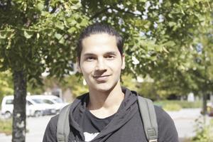 Edriss Shirzai, 22 år, Fagersta: Ja, jag kommer att bada där. Jag har hört att det är en bra badplats.