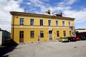 En genomgripande förändring av Kulturskolan borde diskuteras mycket mer med alla berörda, menar 15 föräldrar till barn som går eller har gått i Kulturskolan i Hudiksvalls kommun. I ett brev till kommunen framför de sin oro för kulturskolans utveckling.