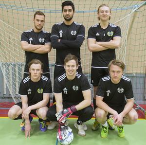 Bakre raden från vänster: Björn Johansson, Salar Ali, Nicholas Björklund.   Främre raden från vänster: Niclas Andersson målvakt, Björn Jansson och Fredrik Pettersson.