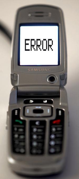 Lättsumpad? Många anmäler till sitt försäkringsbolag att de tappat mobilen i toan.Foto: Scanpix