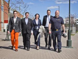 Tillsammans för ett tryggare Söderhamn: Stefan Östlund, Länsförsäkringar, Sven-Erik Lindestam (S), kommunstyrelsens ordförande, Annelie Storm, Swedbank, Joakim Frithiof, Handelsbanken och Jan