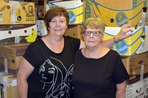 Ann-Christin Hamberg och Inger Persson är två av dem som jobbar ideellt för Ukrainahjälpen Filippus.
