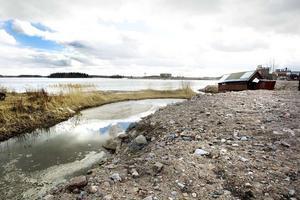 Det tänkta bygget vid Karlholms strand kan komma att ha 90 villor med strandtomt.