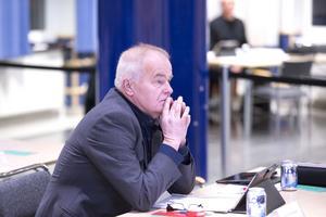 Jan Karlsson ogillar monopol, oavsett om de förekommer i bilreparationsbranschen eller inom kommunens äldreomsorg.