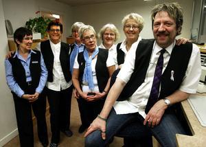 Vid den sista dagen med gänget fanns Kristina Westergren, Birgitta Forsberg ,  Margareta Ramsell, Inga-Britt Sjöström, Pia Norberg, Barbro Godin och Björn Feltzin på plats. Tillsammans har de arbetat 270 år inom Posten,