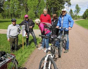 Längs cykelturen fick deltagarna också svara på frågor i en tävling.