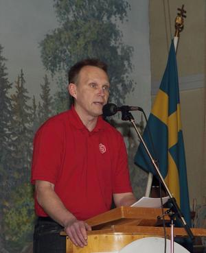 Riksdagsledamoten, Pyry Niemi hade jämlikhet och utveckling som temai sitt tal inför partikamraterna i Skutskär.