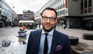Ronny Nocera på Skandiamäklarna i Västerås har koll på fritidshus.