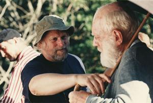 """Jan Troell instruerar Max von Sydow under inspelningen av """"Hamsun""""."""