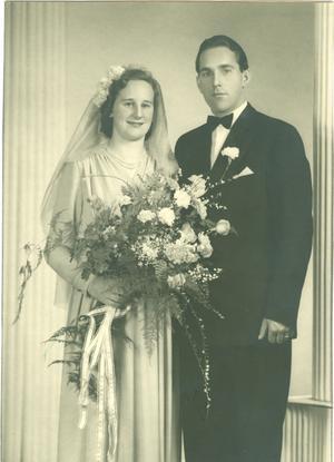 Ingrid och Åke Östgren firar diamantbröllop i dag, den 30 juni. Paret vigdes i Forsbacka för 60 år sedan och firades av familjen på midsommarafton.