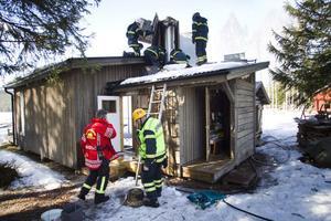 Räddningstjänsten kunde snabbt släcka branden i bastun.