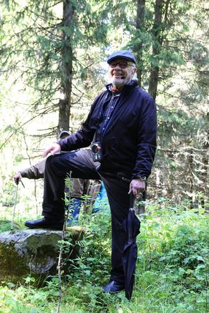 Kjell Söderlund guidade vandringen i Grannäs.