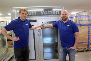 Håkan Sterner och försäljningschefen Andreas Steffansson kan konstatera att företaget haft en positiv utveckling  de senaste åren.