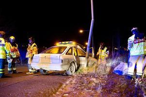 En singelolycka inträffade ovanför djursjukhuset i Örnsköldsvik under tisdagskvällen.