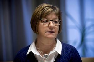Under lördagen meddelade Socialdemokraterna att Elisabet Strömqvist avsätts som ordförande för landstingsstyrelsen.
