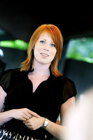 På turné. Annie Lööf har två gånger blivit invald i riksdagen efter personvalskampanjer. Nu är den rutinerade 28-åringen på kampanjturné för att få förtroendet att efterträda Maud Olofsson som Centerns partiledare.
