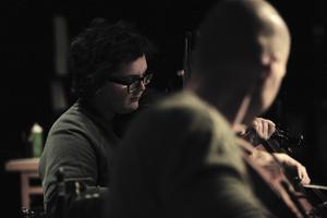 Musiker: Ingela Lindkvist, fiol och viola, och Görgen Antonsson.
