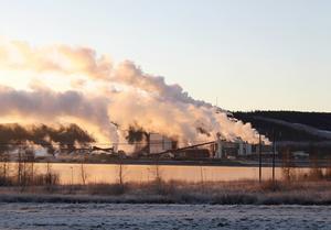 Ångmolnen över fabriken kommer att bli fler vid renblåsningarna.