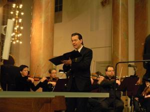 Countertenoren Mikael Bellini var en av solisterna när de sista tre kantaterna av Bachs Juloratorium framfördes i Härnösands domkyrka på trettondagen. Bilden från den första konserten.