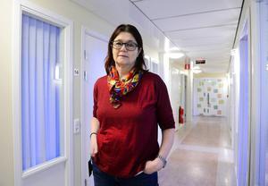 Eva Leijon, enhetschef vid socialtjänstens utredargrupp i Sundsvall, bekräftar att en Lex Sarah-anmälan mot den egna verksamheten kan vara aktuell.