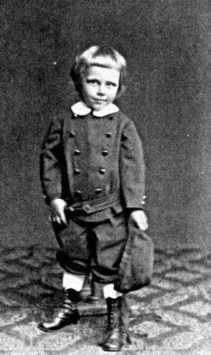 Hanns Heinz Ewerz vid fyra års ålder 1875.