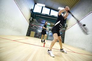 Jan-Ulf Söderberg (närmast kameran), på 80-talet en av världens främsta squashspelare, och Andreas