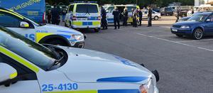 Åtta personer greps i Ludvika på fredagskvällen. De misstänks vara inblandade i den grova misshandel som inträffade i Grycksbo utanför Falun natten mot torsdagen.