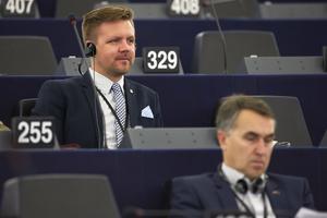 Fredrick Federley (C) i Europaparlamentet i Strasbourg.