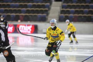 Jesper Öhrlund, numera mittfältare i Broberg.