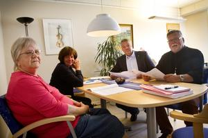 Gunnel Nordin (L), Monica Stigås (KD), Jonas Holm (M), och Håkan Rönström (M) presenterade sina satsningar.