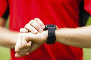 Det finns flera olika hjälpmedel för handleden. Testfakta har tittat på några av dem.