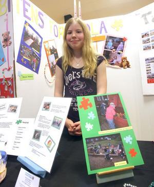 Josefine Enström kan tänka sig att jobba med barn när hon blir vuxen.