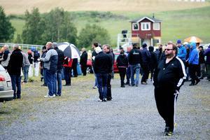 Trots en bister junidag var det många besökare på Ovalla.