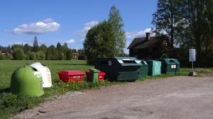 Flyttas. Det troliga är att insamlingsstationen i Hansjö försvinner och flyttas till södra delen av Orsa centrum.