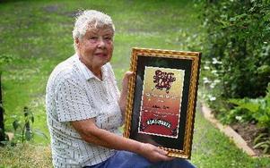 Margit Rapp utsågs till kärleksstipendiat under Peace  Love. -- En verkligt fin utmärkelse, kärleken är ju det viktigaste i världen. FOTO: STAFFAN BJÖRKLUND
