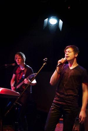 Adam Norling, sångare i The Relatives från Rätan, var nöjd efter lördagens tävling på Mediacenter i Svenstavik.  Foto: Sandra Högman