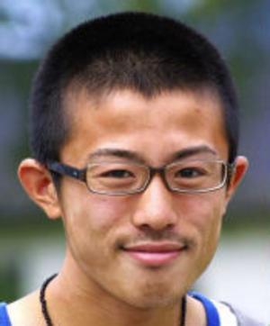 Japanen Mitsuhiro Tani tyckte det svenska språket lät så vackert första gången han hörde det. Nu har han läst svenska i två år på universitet i Japan. Han är också fotbollsdomare och har en dröm om att i framtiden få döma fotboll i Sverige.