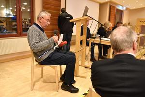 Arne Pettersson förklarade inför hela kyrkofullmäktige i slutet av föregående år de problem han såg i församlingen. Bilden är dock tagen vid ett annat tillfälle.