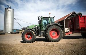 Närmare 330 000 traktorer finns i trafik i Sverige.