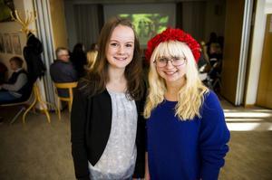 Alicia Söderlind och Lykke Logg höll i barnens presskonferens i går på Arkenbiblioteket när årets internationella barnhjälte avslöjades.
