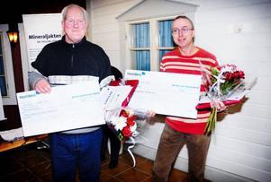 Vinnarna Börje Sellbeg och Kurt Andersson som hittade zink och bly.  Foto: Mattias Moberg