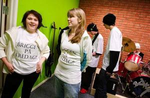 Michelle Luritzen  och Sara Lundberg har varit med och utformat Briggen inför nyöppningen i går. Foto: Ulrika Andersson