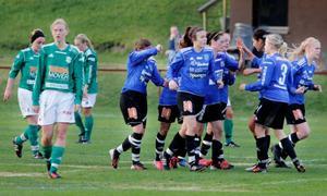 Lisa Landin kämpade sig fram till öppet mål när hon kunde rulla in 2–0 till ÖDFF.