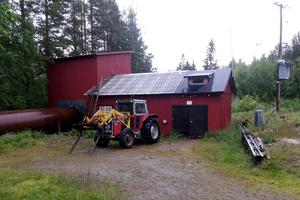 År 2000 köpte Hans Johansson kraftstationen i Tensberg.