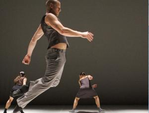 Thomas Noone Dance dansar ett nytt verk av Thomas Noone på Härnösands Teater på lördag kväll. Bilden från dansverket
